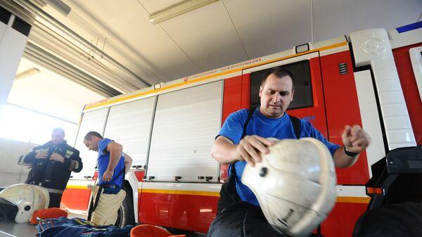 Сотрудники специализированной пожарно-спасательной части №1 города Тамбова на вызове по пожарной тревоге