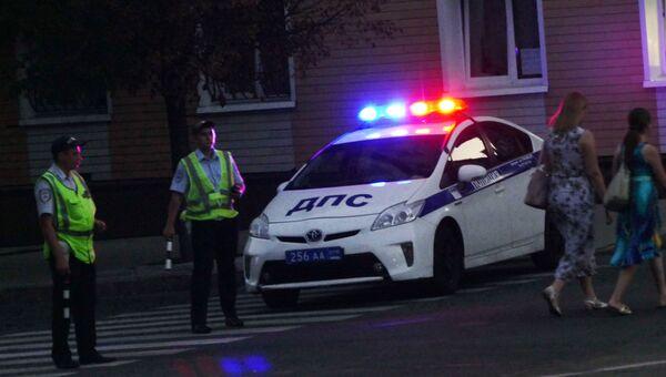 Сотрудники полиции возле в кафе Сепар, в результате которого погиб глава ДНР Александр Захарченко