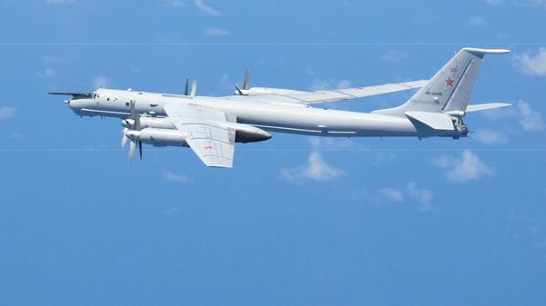 Противолодочный самолет ТУ-142
