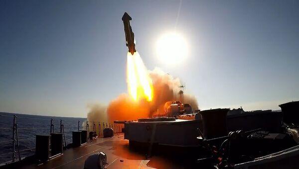 Кадры совместных учений в Средиземном море ВМФ и ВКС России