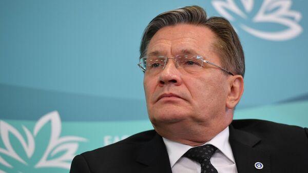 Генеральный директор Государственной корпорации по атомной энергии Росатом Алексей Лихачёв на IV Восточном экономическом форуме