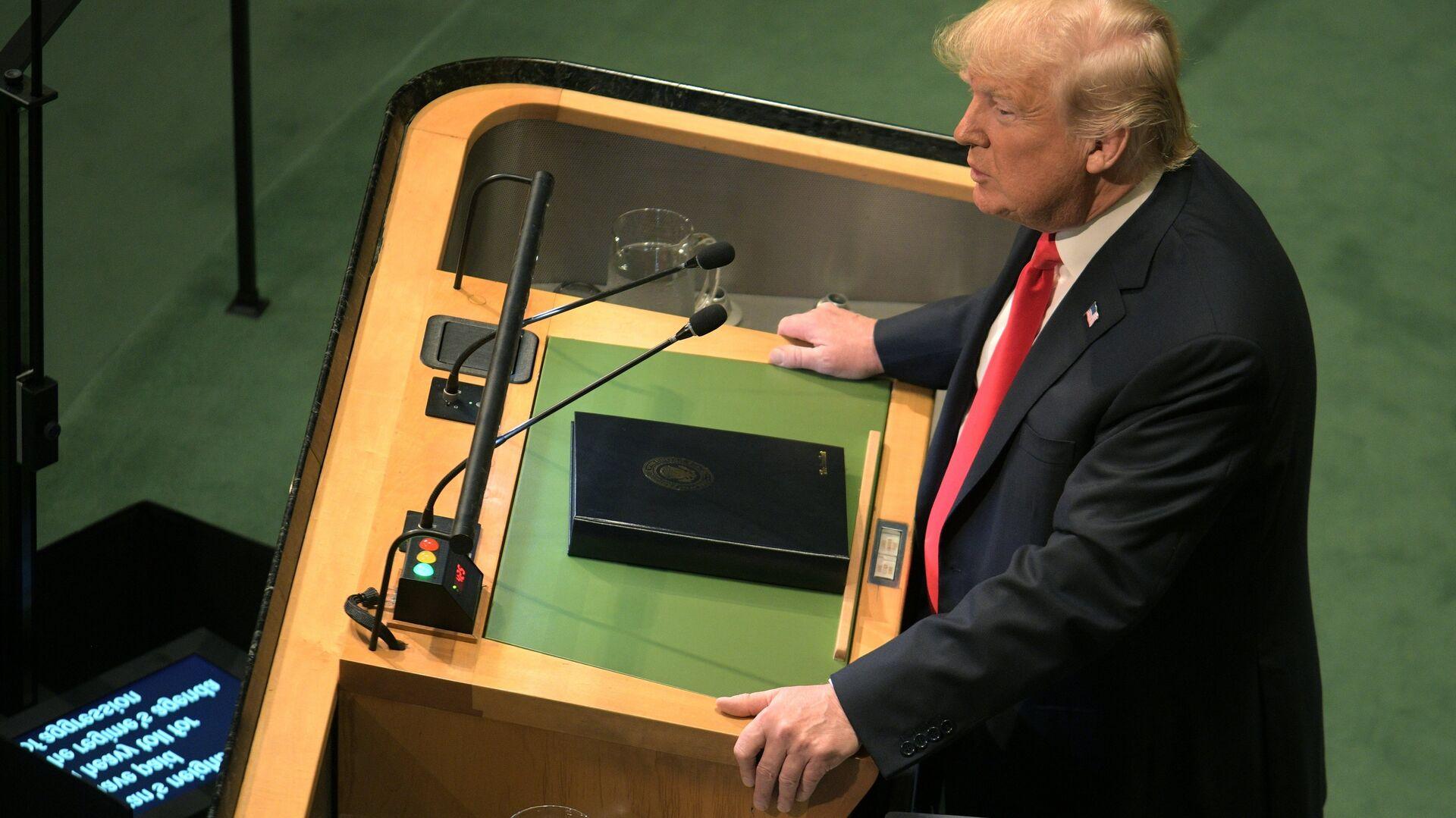 Президент США Дональд Трамп выступает на Генеральной Ассамблее Организации Объединенных Наций в Нью-Йорке. 25 сентября 2018 - РИА Новости, 1920, 25.09.2018