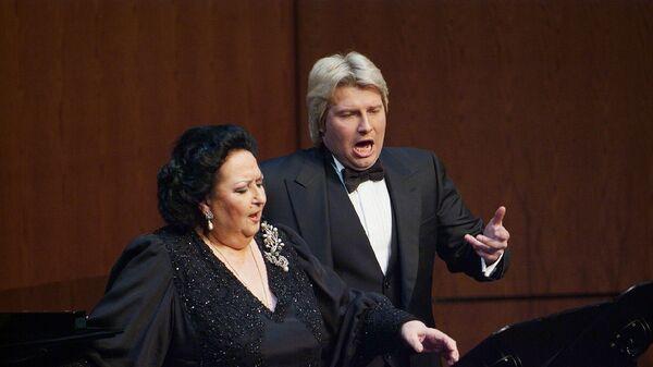 Монсеррат Кабалье и Николай Басков во время выступления в театре Gran Teatre del Liceu в Барселоне. Архивное фото