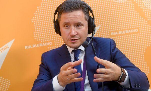 Старший вице-президент по инновациям фонда Сколково Кирилл Каем во время интервью радио Sputnik на международном форуме Открытые инновации - 2018 в технопарке Сколково