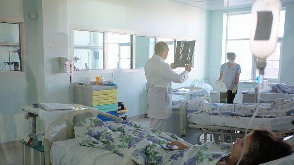 Пострадавшие при нападении на колледж в Керчи в Краснодарской краевой клинической больнице №1