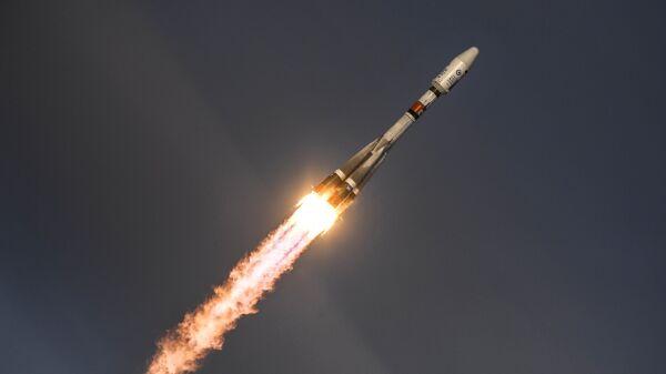 Старт ракеты-носителя Союз-2