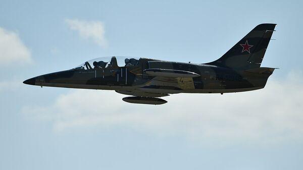 Учебно-боевой самолет L-39