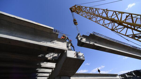 Строительство моста через реку Литовка на трассе Артем – Находка – порт Восточный компанией Примавтодор