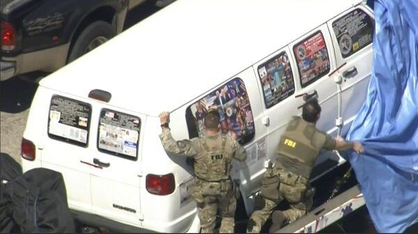 Автомобиль, изьяты ФБР США, в связи с расследованием дела об отравке бомб почтой. 26 октября 2018