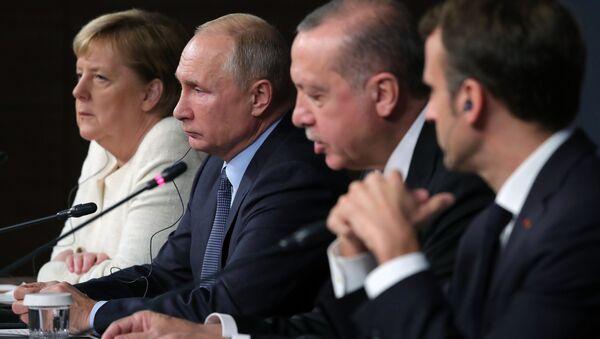 Пресс-конференция по итогам саммита по Сирии. Архивное фото