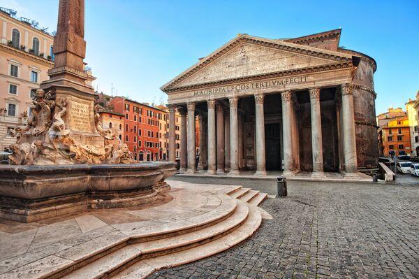 Храм Пантеона в Риме