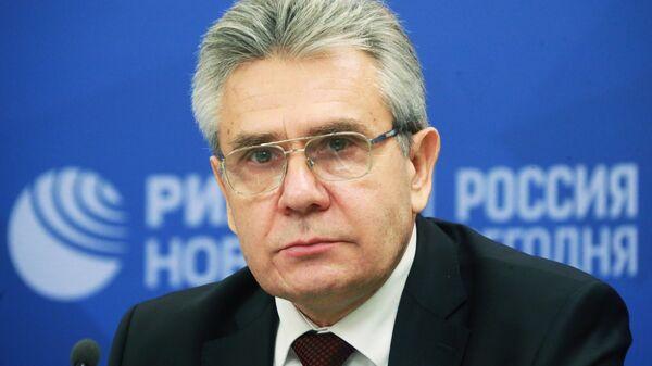 Президент РАН Александр Сергеев на пресс-конференции в пресс-центре МИА Россия сегодня в Москве
