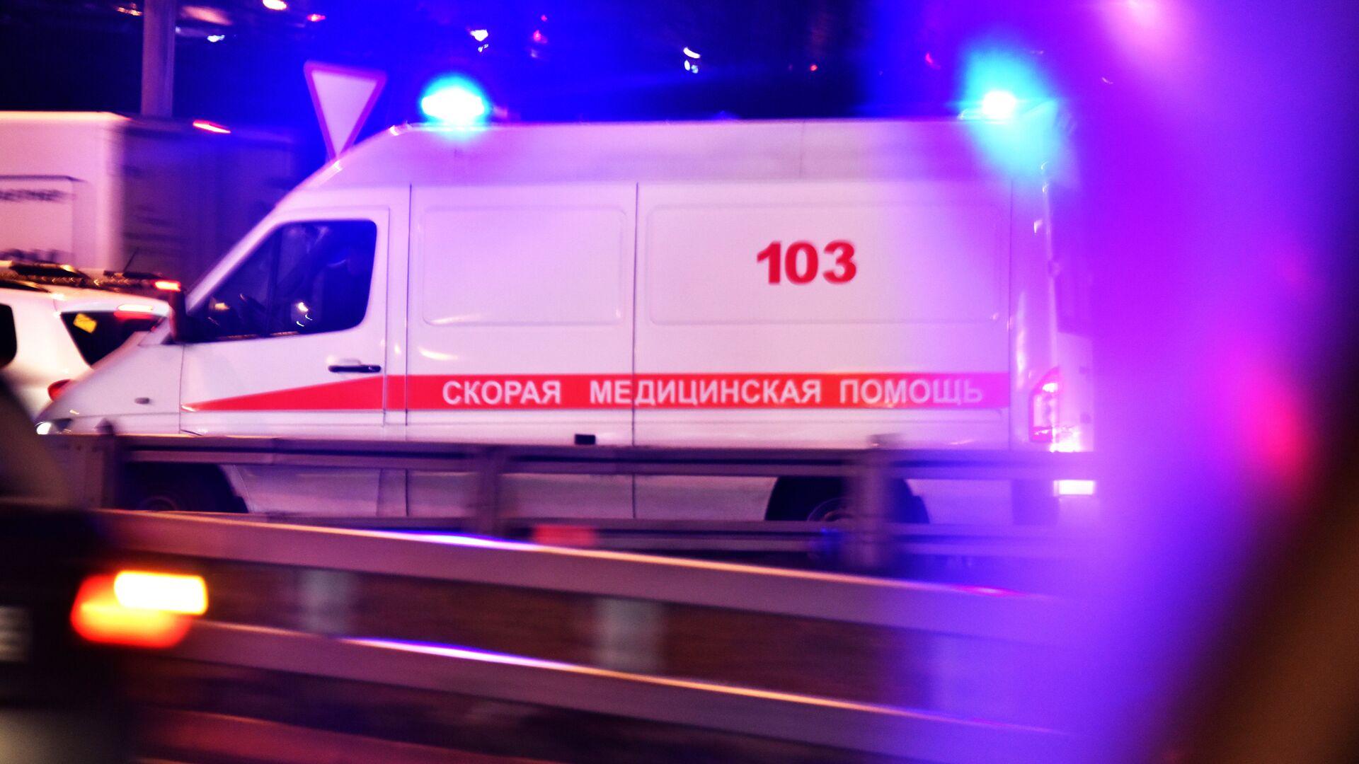 Автомобиль скорой медицинской помощи - РИА Новости, 1920, 03.10.2021