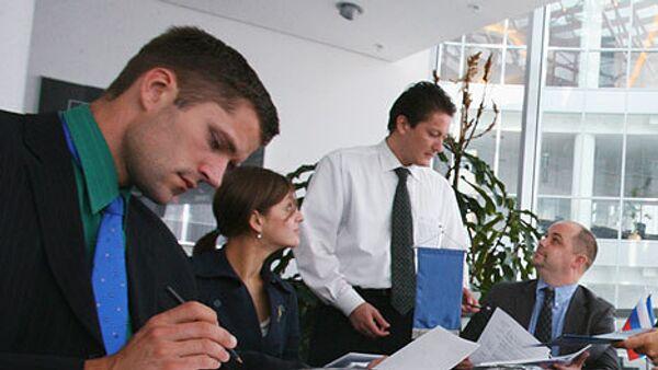 Наказание предпринимателей, создающих фирмы-однодневки, может быть эффективным лишь при введении наказания и для других участников процесса. В противном случае, число желающих попробовать себя в бизнесе будет лишь уменьшаться.