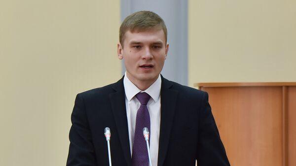 Избранный глава Республики Хакасия Валентин Коновалов на церемонии вступления в должность