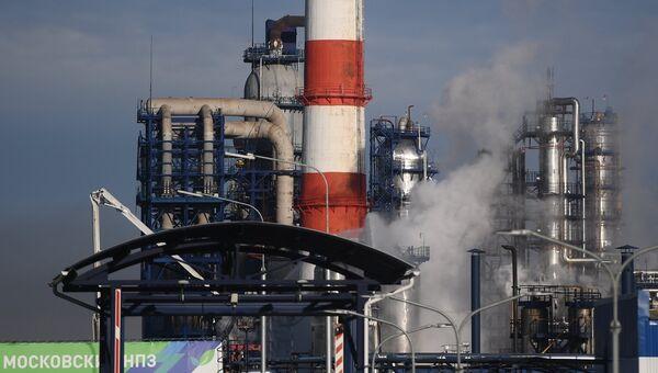 Московский нефтеперерабатывающий завод в Капотне, где произошел пожар