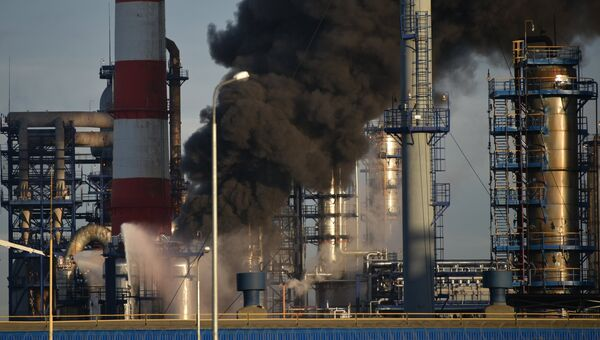 Пожар на Московском нефтеперерабатывающем заводе в Капотне