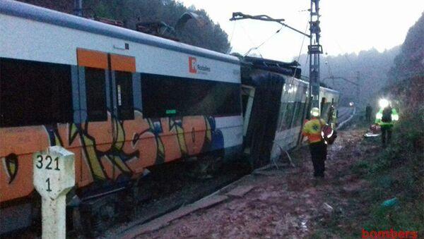 Поезд сошел с рельсов на перегоне между городами Тарраса и Манреса, Каталония. 20 ноября 2018