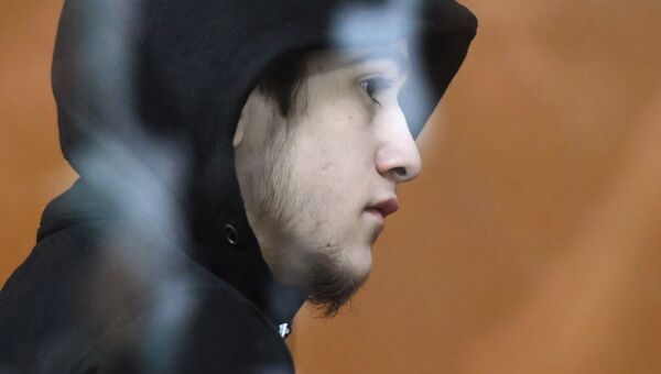 Один из обвиняемых по делу о подготовке теракта во время Кубка конфедераций по футболу в Московском окружном военном суде. 23 ноября 2018