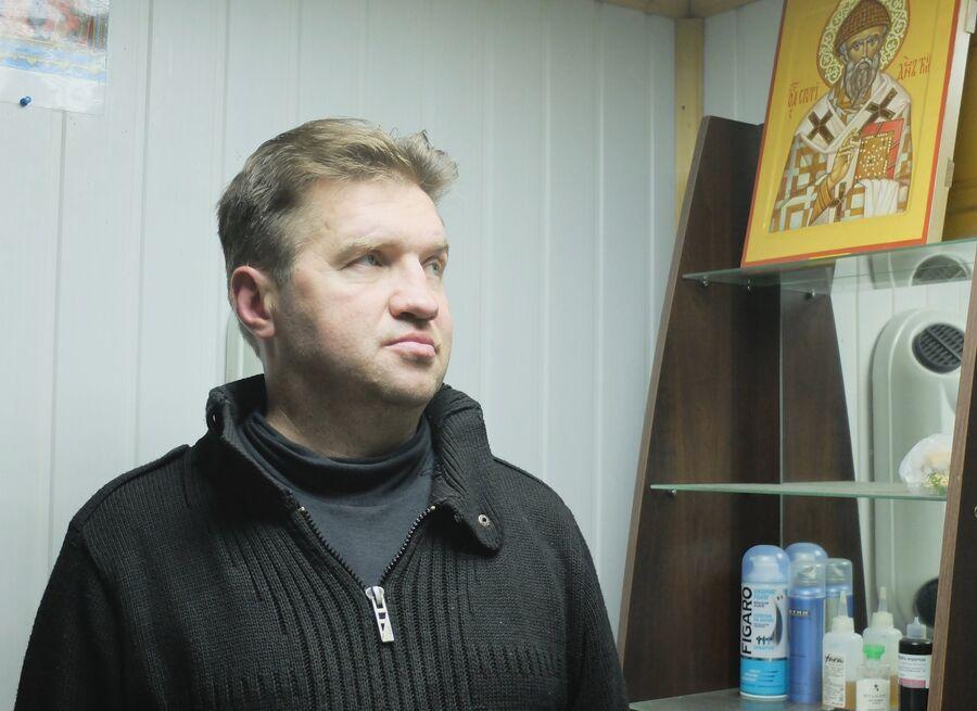 Подопечный «Ангара спасения» Руслан Б. в парикмахерской