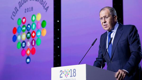 Спрашивали – отвечаем: Глава МИД РФ ответил на вопросы участников форума добровольцев