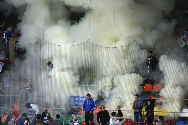 Матч чемпионата КХЛ Динамо (Москва) – Ак Барс (Казань) отменен из-за задымления стадиона
