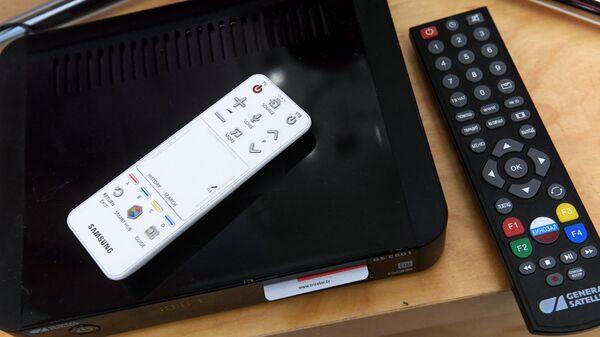 Телевизионная приставка для приема спутникового телевидения