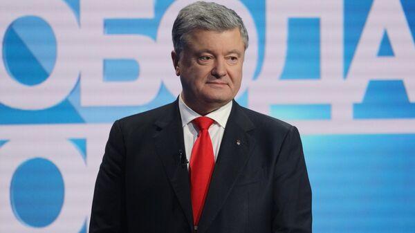 Президент Украины Петр Порошенко во время политического ток-шоу Свобода слова на телеканале ICTV. 4 декабря 2018