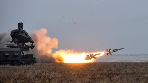Испытание ракетного комплекса С-125 на полигоне в Одесской области