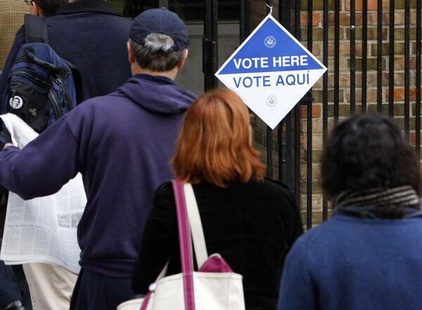 Очередь в избирательный участок в Бруклине, Нью-Йорк