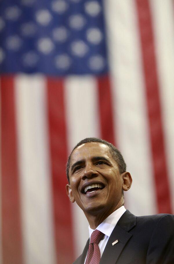 В медовом месяце Обамы и Америки все больше дегтя