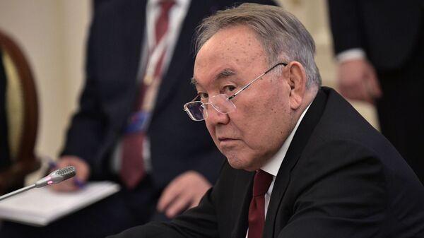 Президент Казахстана Нурсултан Назарбаев на заседании Высшего Евразийского экономического совета в узком составе. 6 декабря 2018