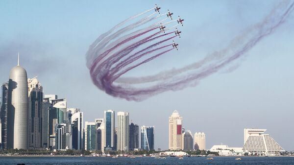 Военные самолеты принимают участие в праздновании Национального дня Катара в Дохе. 18 декабря 2018