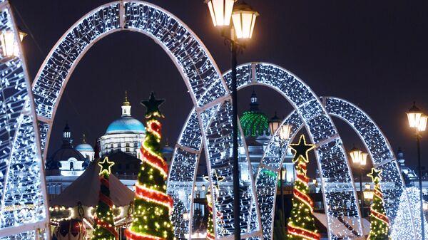 Сказочный городок на Кремлевской набережной в Казани