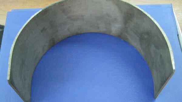 Титан с наплавлением из ниобия и тантала, неуязвимый для действия кислот