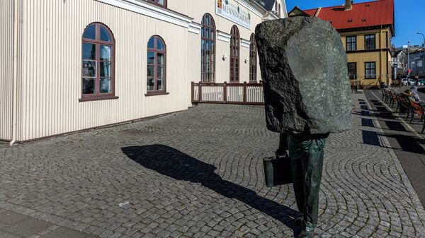 Неизвестный чиновник, Рейкьявик, Исландия