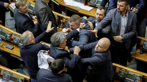 Драка депутатов на заседании Верховной рады Украины. 20 декабря 2018