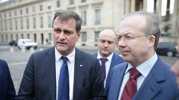 Луи Алио и Андрей Назаров во время встречи