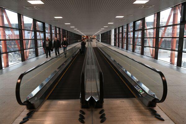 Переходная галерея терминала В аэропорта Шереметьево