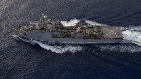 Большой десантный корабль ВМС США Fort McHenry