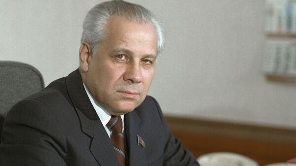 Председатель Верховного Совета СССР Анатолий Лукьянов