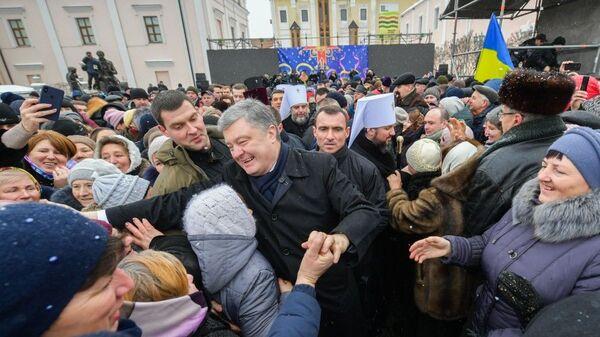Президент Украины Петр Порошенко во время тура по городам. В Виннице. 13 января 2019