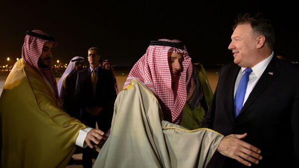 Госсекретарь США Майк Помпео и глава МИД Саудовской Аравии Адель аль-Джубейр в Эр-Рияде. 13 января 2019