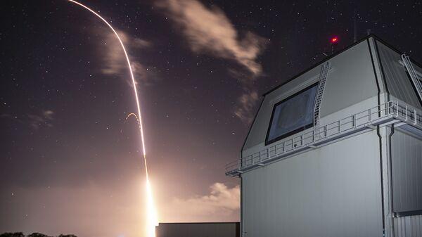 Испытания в рамках американской программы глобальной противоракетной обороны на полигоне в Тихом океане