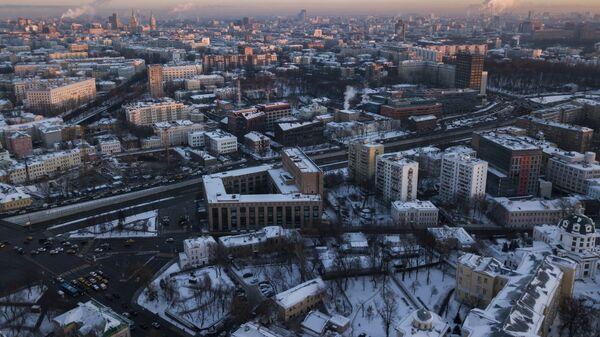 Серебряническая набережная и библиотека иностранной литературы имени Рудомино в Москве