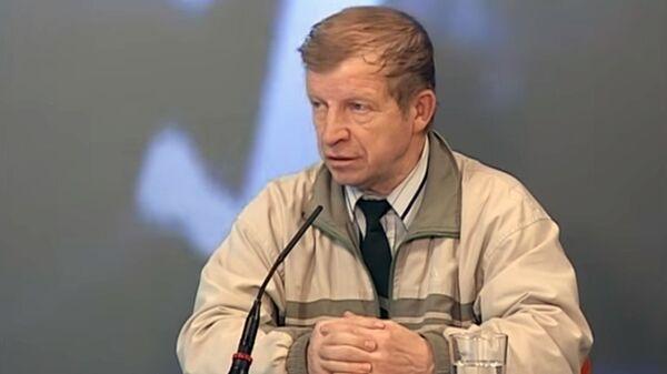 Стоп-кадр телевизионной передачи с участием Юрия Кунцевича