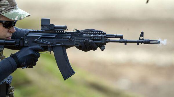 Стрельба из автомата АК-74М
