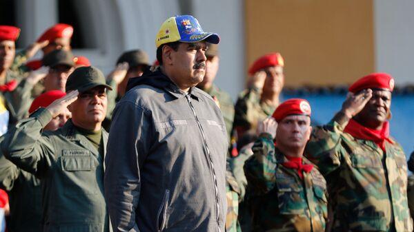 Не укушу, так пошамкаю. Евросоюз показал Венесуэле зубы