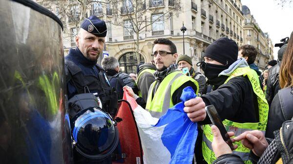 Акция протеста жёлтых жилетов во Франции. 9 февраля 2019