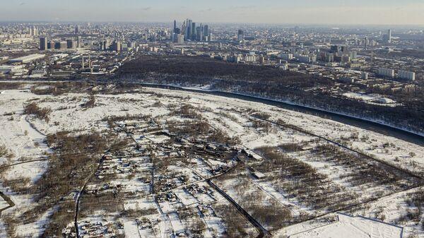 Деревня Терехово на западе Москвы, на территории района Хорошево-Мневники, в Мневниковской пойме реки Москвы